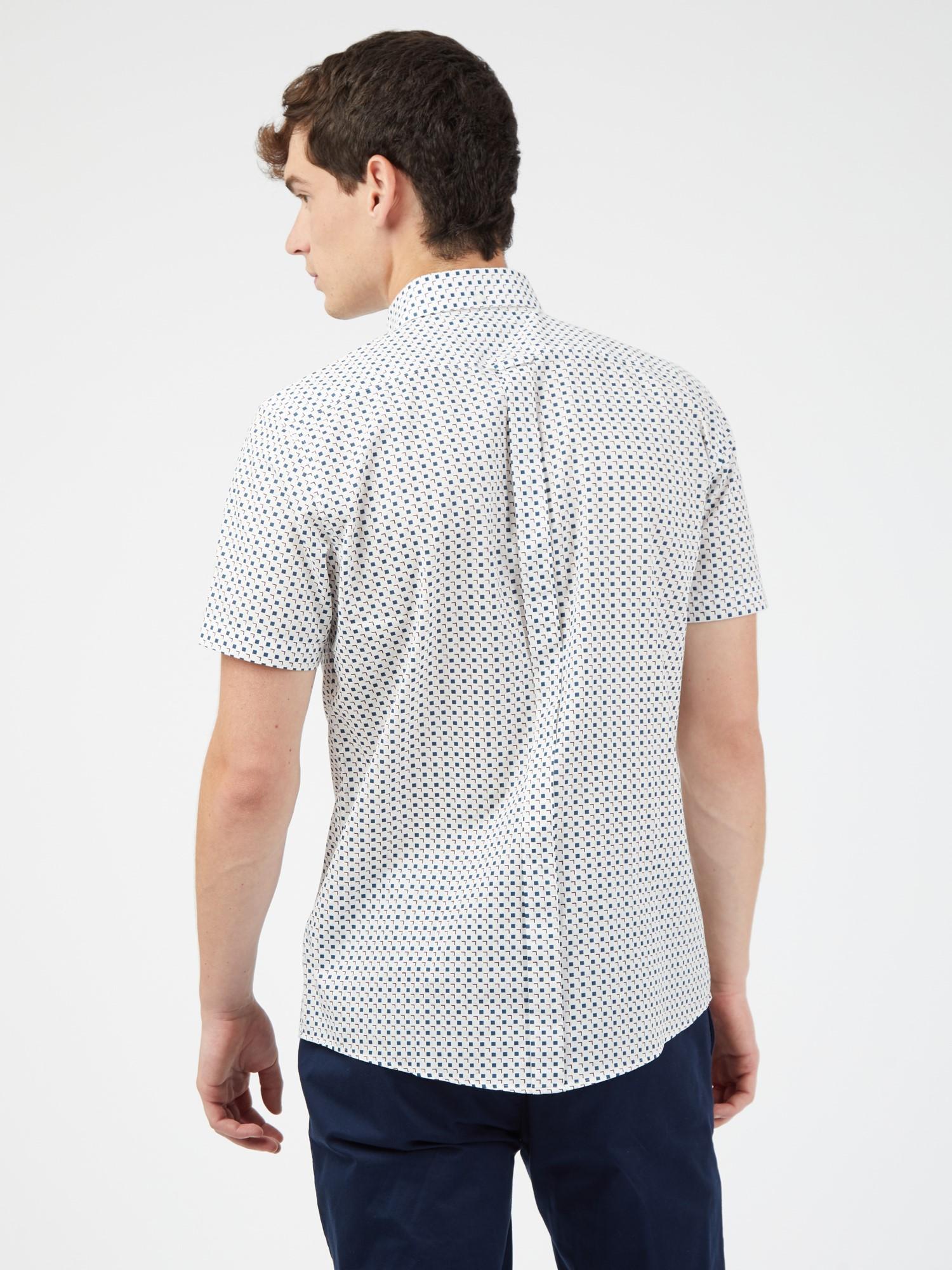 White Short Sleeved Scatter Square Print Shirt
