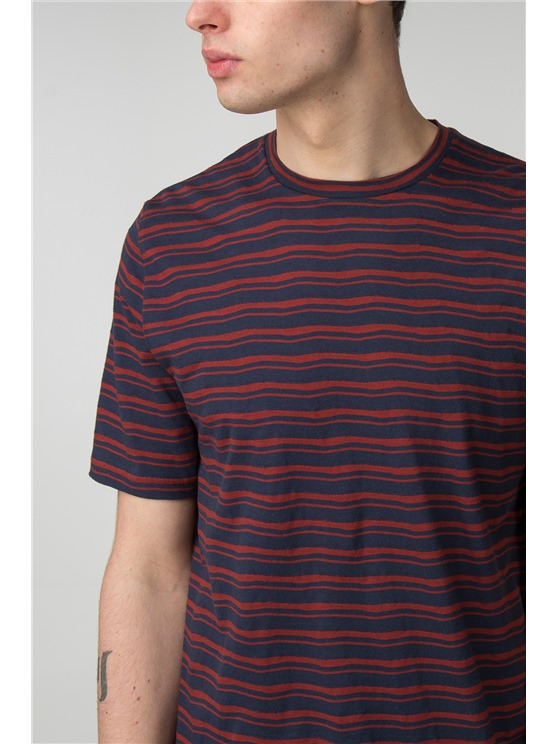 Distorted Stripe Crew Neck T-Shirt