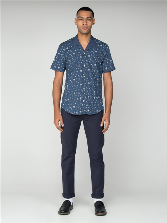 Men's Short Sleeved Holiday Print Shirt