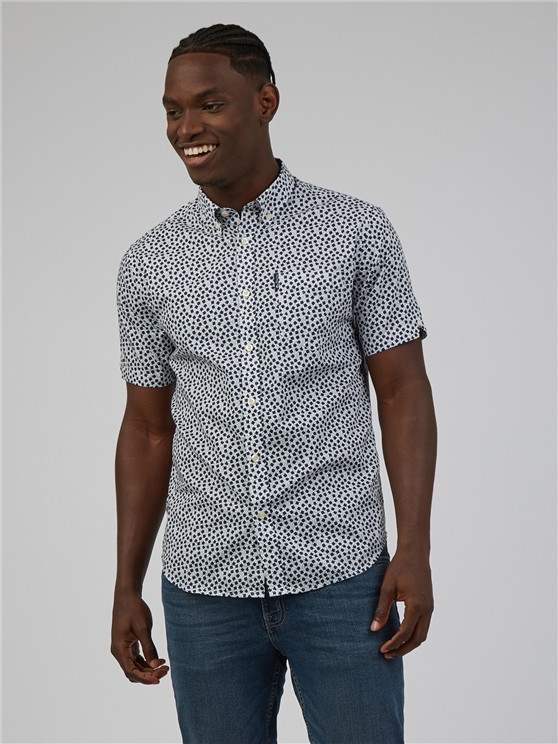 Short Sleeve Scatter Square Print Shirt